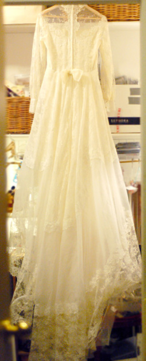 Thriftedvintageweddingdress